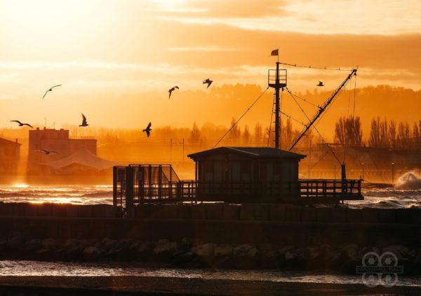 Porto di Fano al tramonto - Massimo Radi